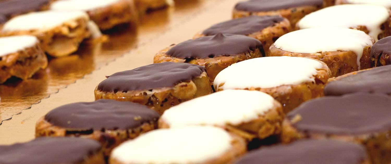 Las Florentinas son unas pequeñas galletas de almendra y chocolate