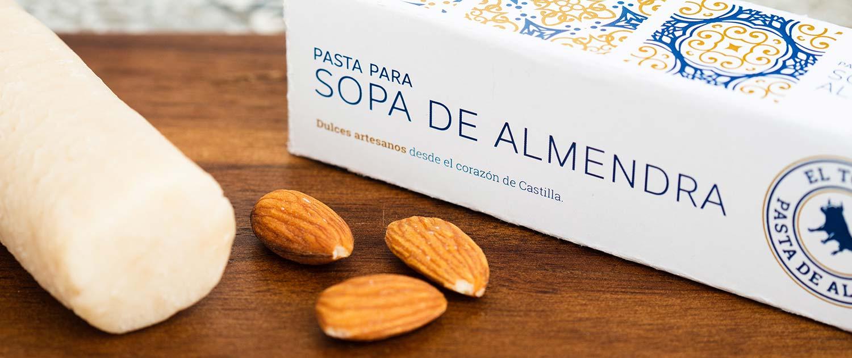 Detalle de la pasta de almendras artesana de Dulces El Toro disponible en tienda online