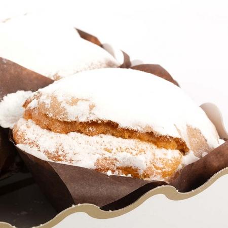 Detalle en primer plano de los mojicones artesanos de la tienda online de pastelería en Valladolid